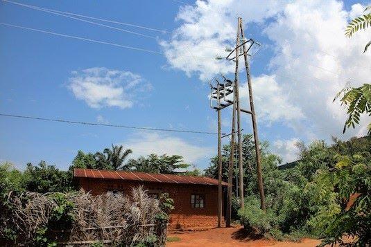 Parte riabilitata della linea MT 30 KV di Kigwena